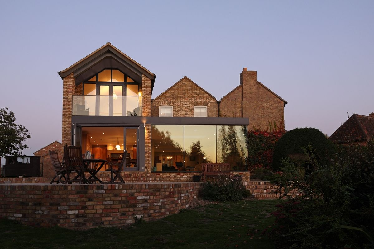 Modern Glass Addition To Otherwise Traditional Home Part 40