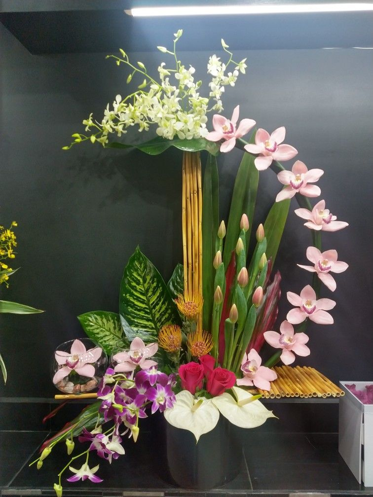 Arcadia Floral Home Decor Houston Tx Modern Flower Arrangements Large Flower Arrangements Contemporary Flower Arrangements