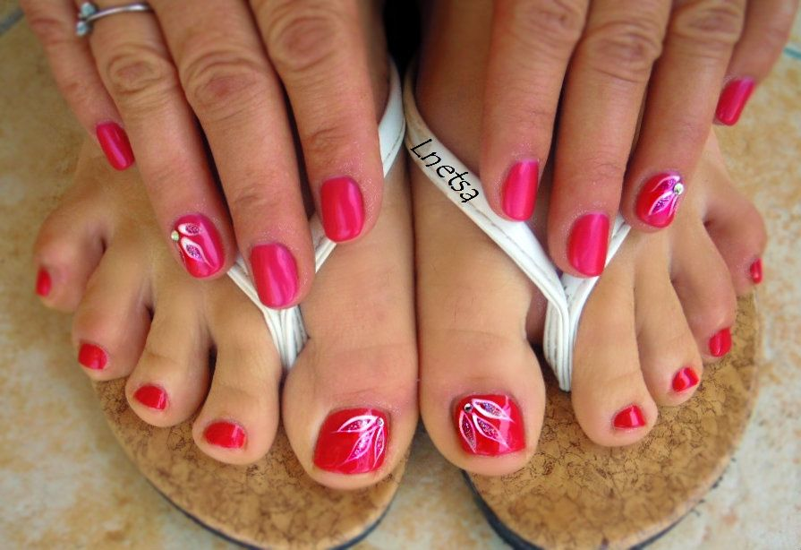 Nice Simple Flower Toe Nail Designs Diy Nails Beautiful Pink Girly With White Flower Polish Motif Flower Toe Nails Toe Nail Designs Summer Toe Nails