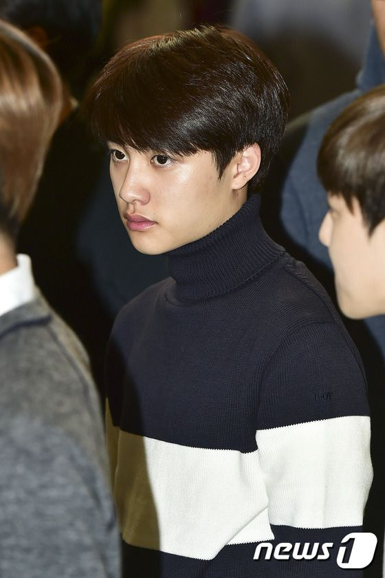 D.O - 141003 Gimpo Airport, departing for Tokyo Credit: News1. (김포공항 출국)