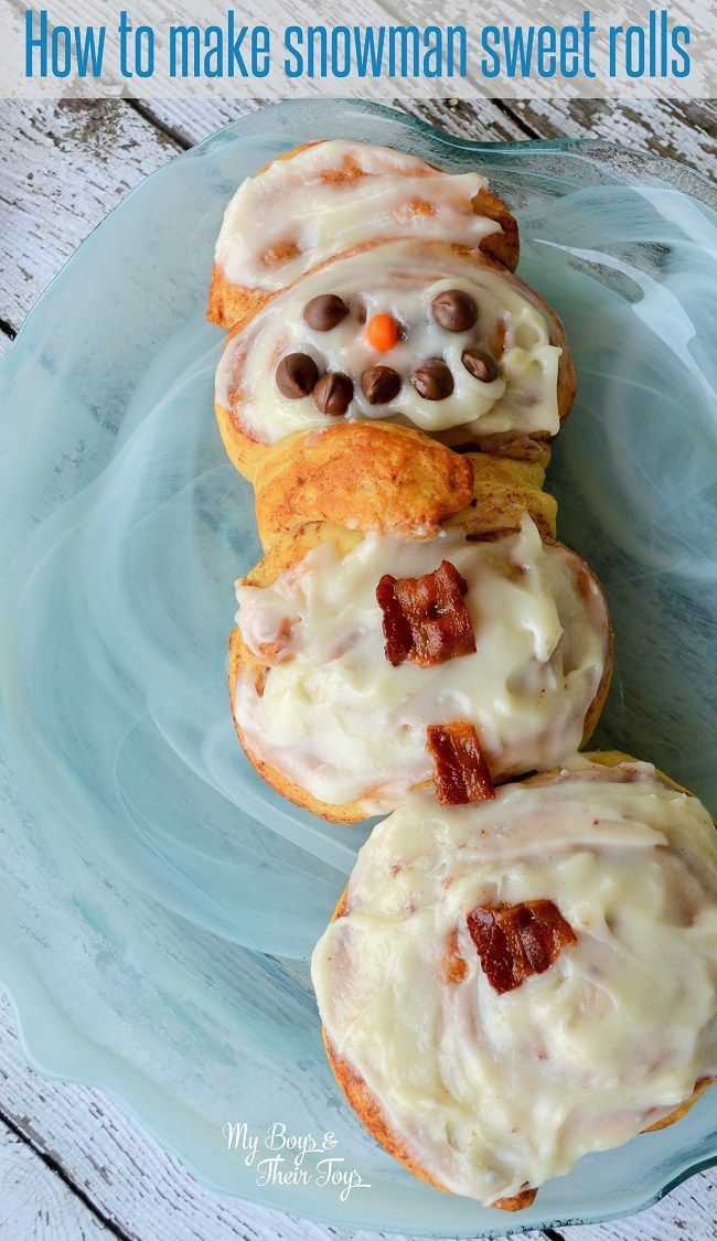 How to make these EASY snowman cinnamon rolls for a fun, festive breakfast idea!
