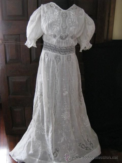 antiguo vestido de novia encaje valenciennes y bordado s. xix