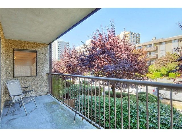 202 - 127 4th Street, Lower Lonsdale, North Vancouver