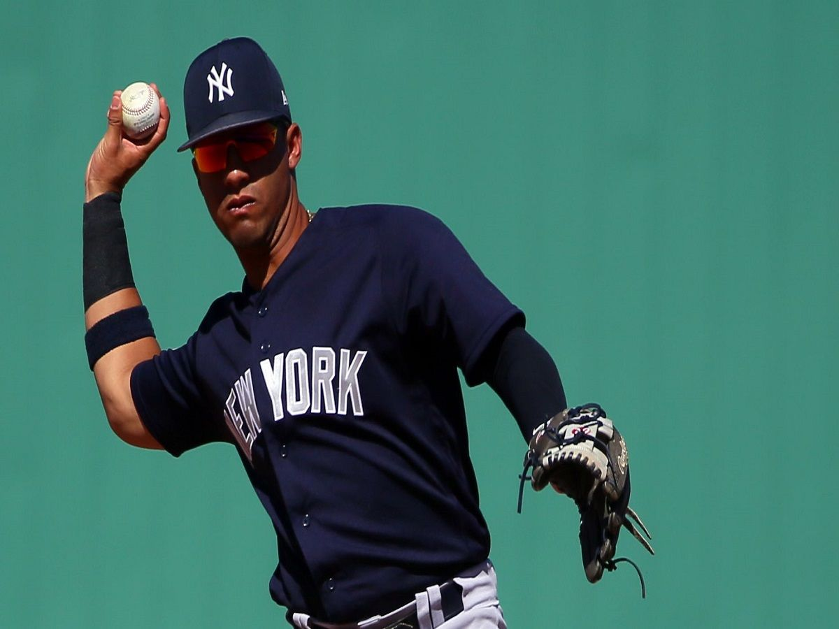 Fantasy baseball sizzlers fizzlers gleyber torres makes