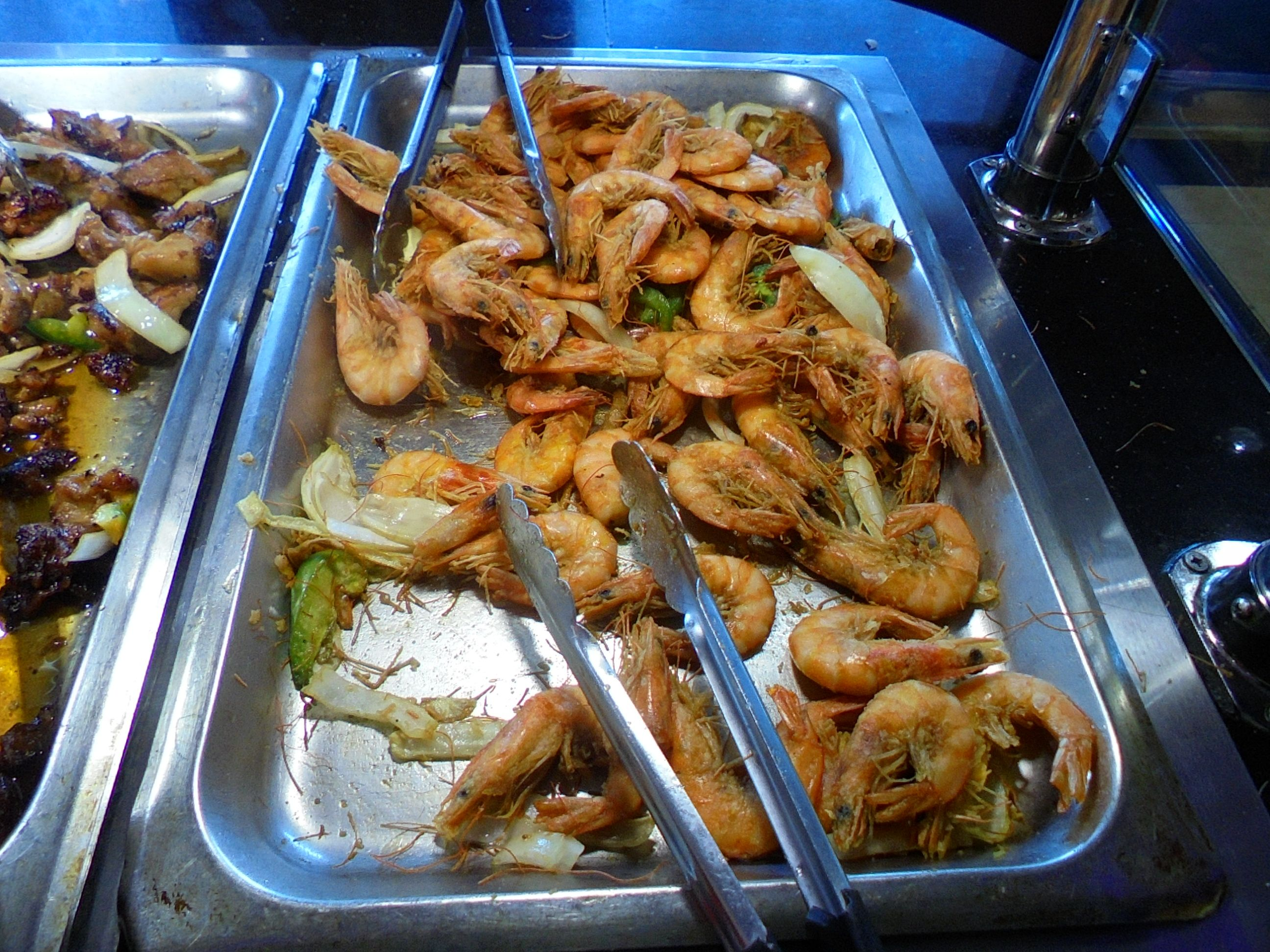 ##ExtraLarge #Shrimp with #seasoning & #Shrimps #have #head #on