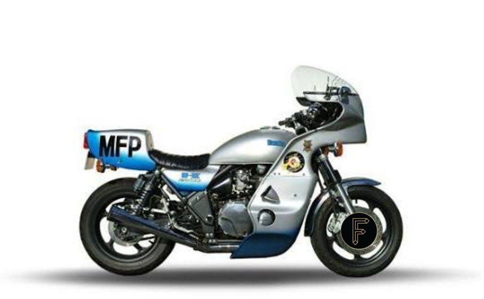 moto legends the most iconic motorcycles from fiction 1977 kawasaki kz1000p mad max 1979 firemotorcycle motolegend kawasaki  [ 1564 x 966 Pixel ]