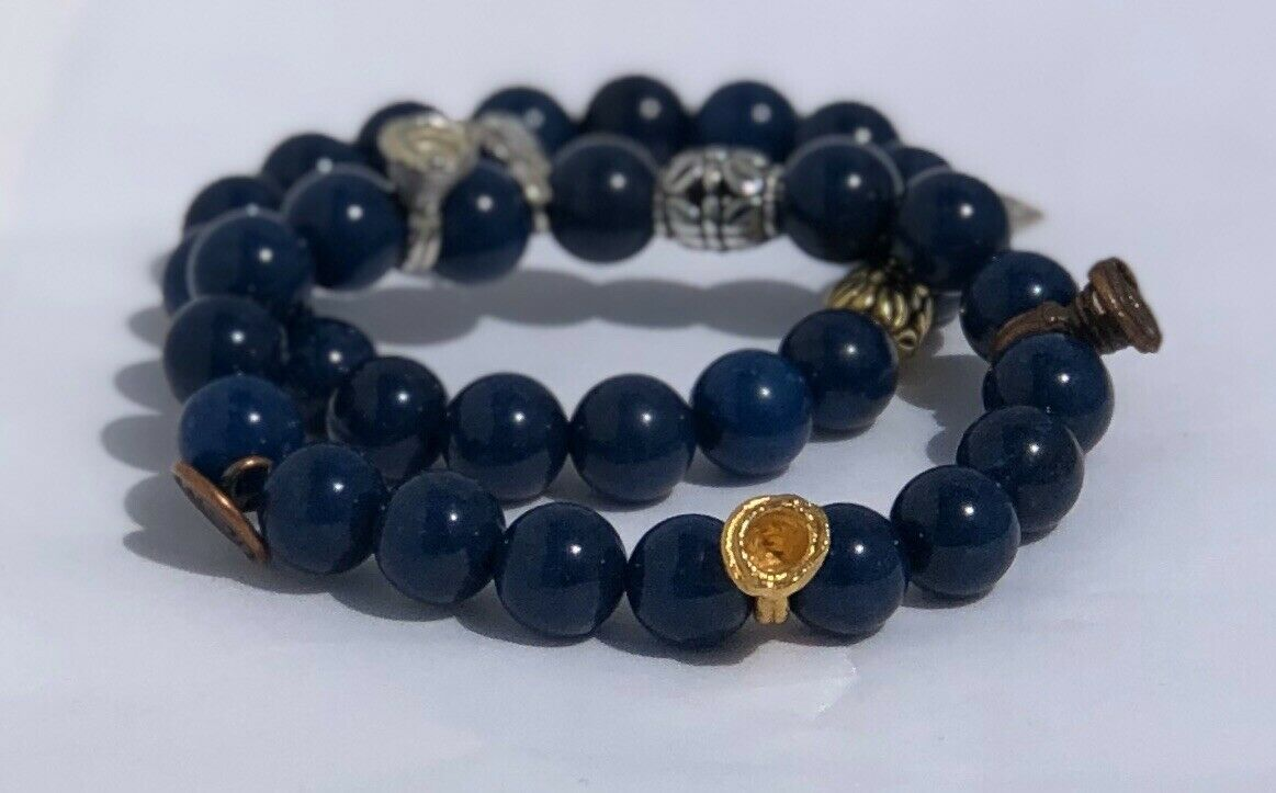 Beautiful Navyblue Handmade Stretch Bracelet With accessories.