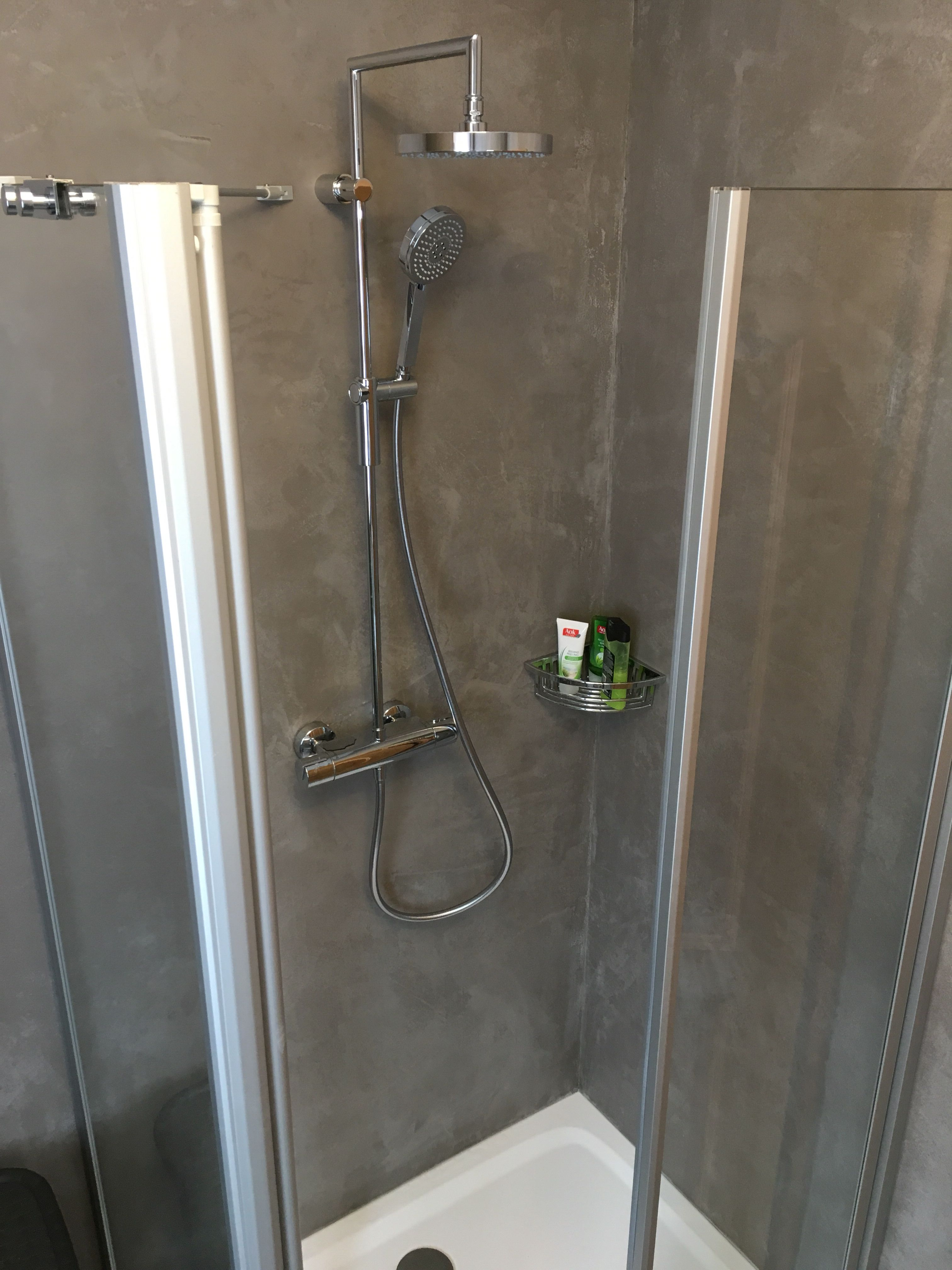 Tapeten Farben Und Wandgestaltung Im Kreis Lichtenfels Kulmbach Kronach Fugenlose Dusche Wandgestaltung Wand