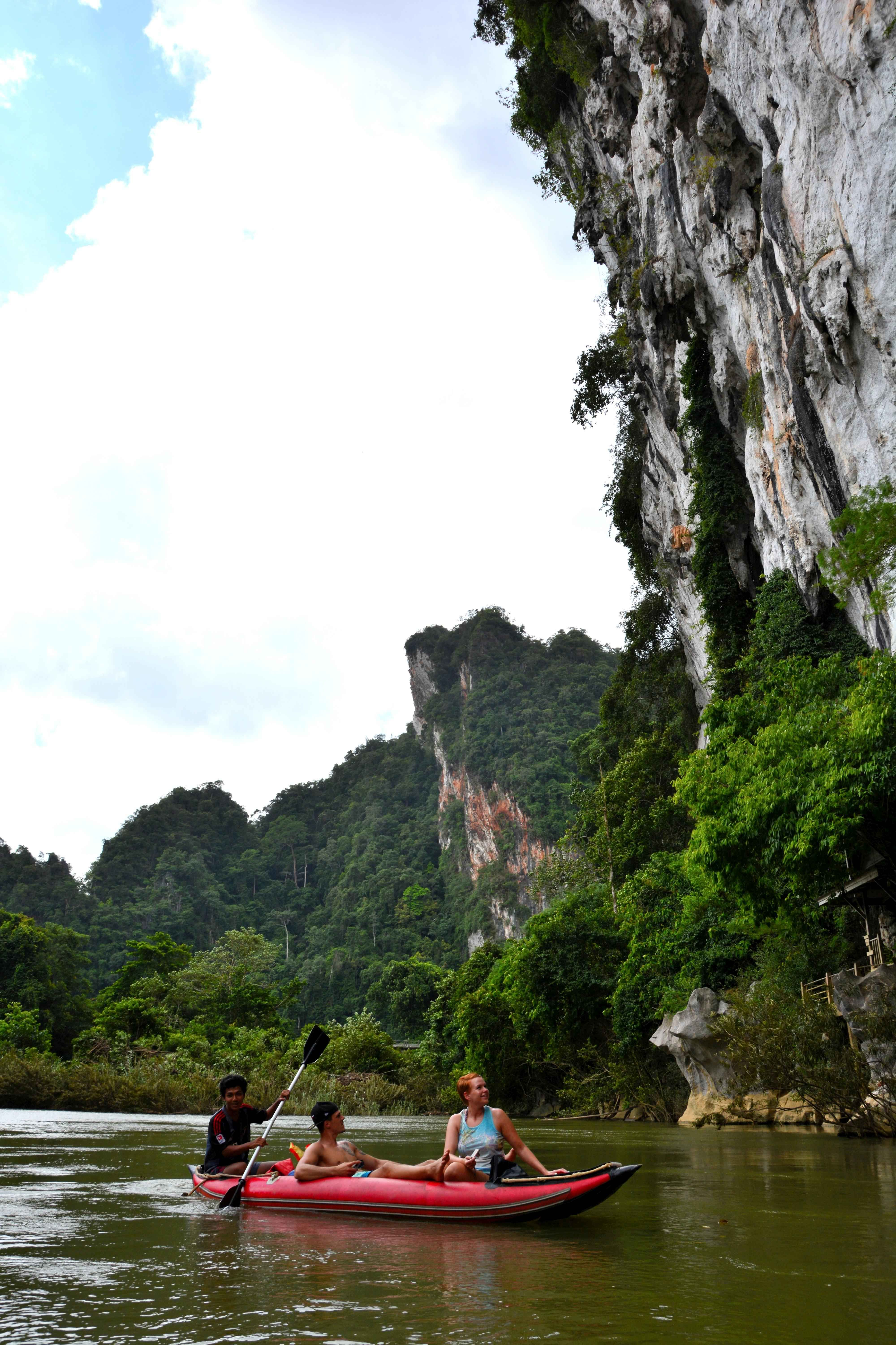 Canoeing in the sok river