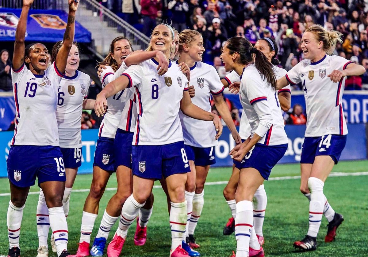 Crystal Dunn 19 Rose Lavelle 26 Tobin Heath 17 Julie Ertz 8 Lindsey Horan 9 Part In 2020 Usa Soccer Women Us Women S National Soccer Team Women S Soccer Team