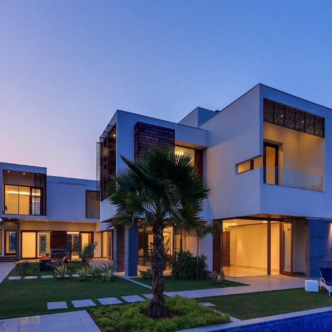 ✨Modern #Hollywood Hills Residence Location: Los Angeles ...