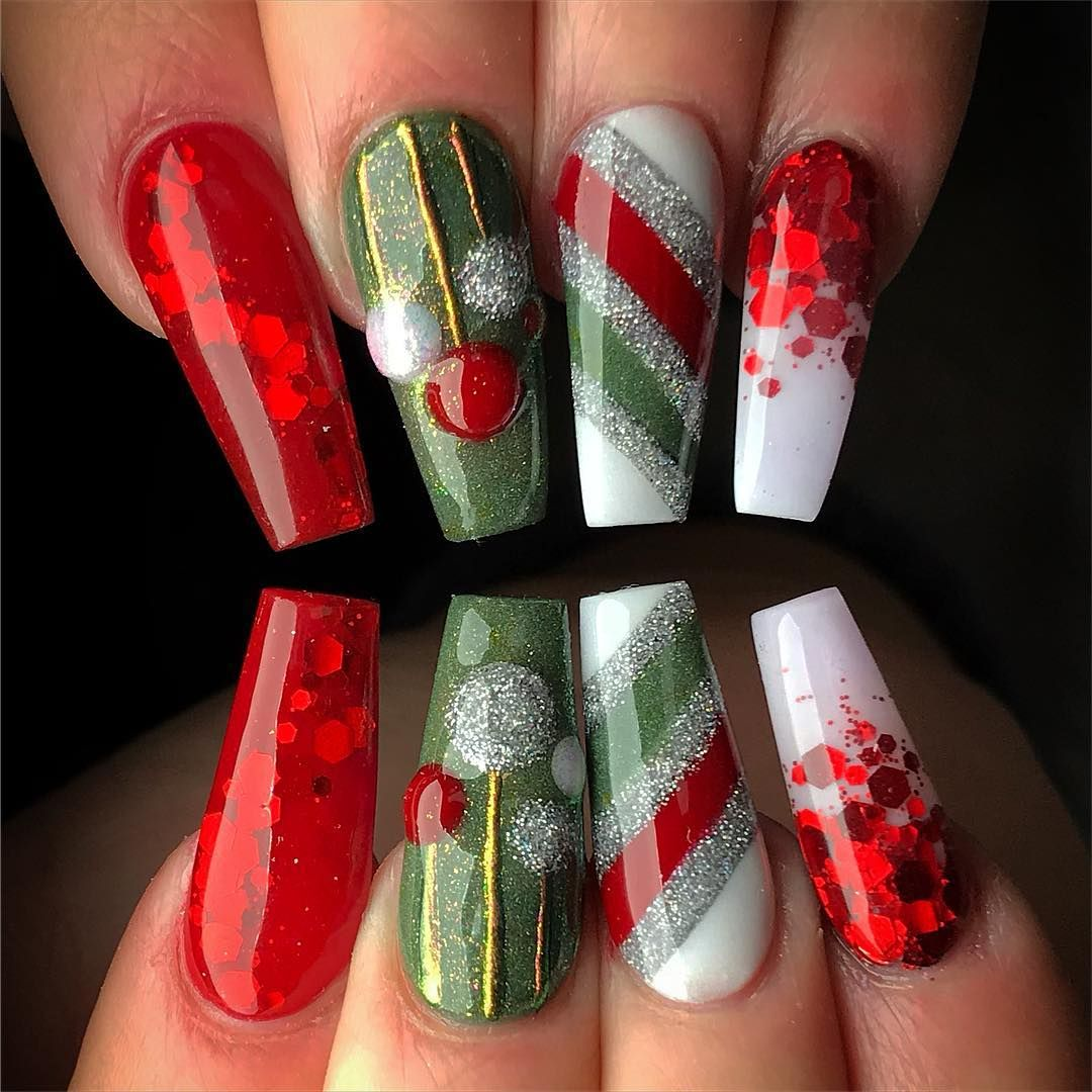 Christmas Acrylic Nails Coffin Shape: For More Pins & Boards Follow @ ⓅⒾⓃ ⒶⒹⒹⒾⒸⓉ