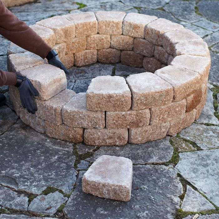 stack blocks to three layers Diy fire pit, Fire pit