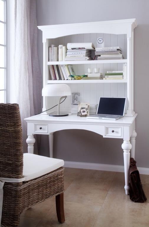 bureau secrétaire en bois blanc avec tiroirs et étagères