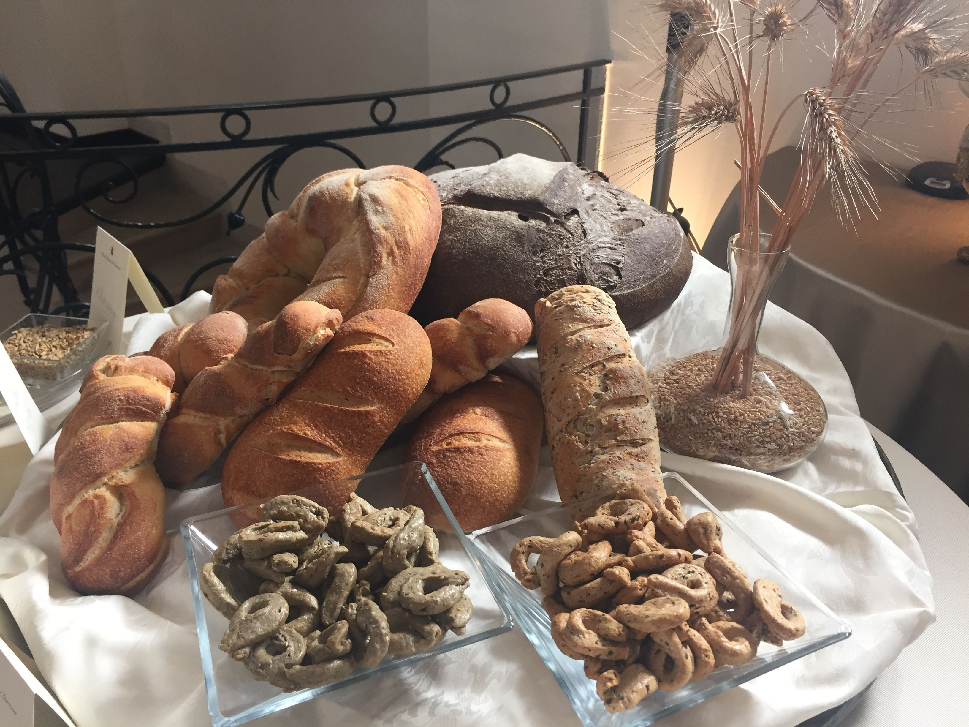 Farine, lieviti e prodotti da forno  #cortebraccodeigermani #farine #lieviti #bakery #bakedproduct #cookery #cooking