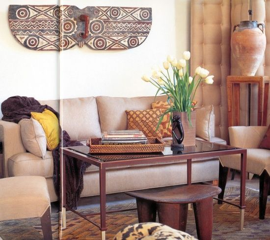 Attrayant Contemporary Living Room With Traditional African Style Furniture In Wood  Color