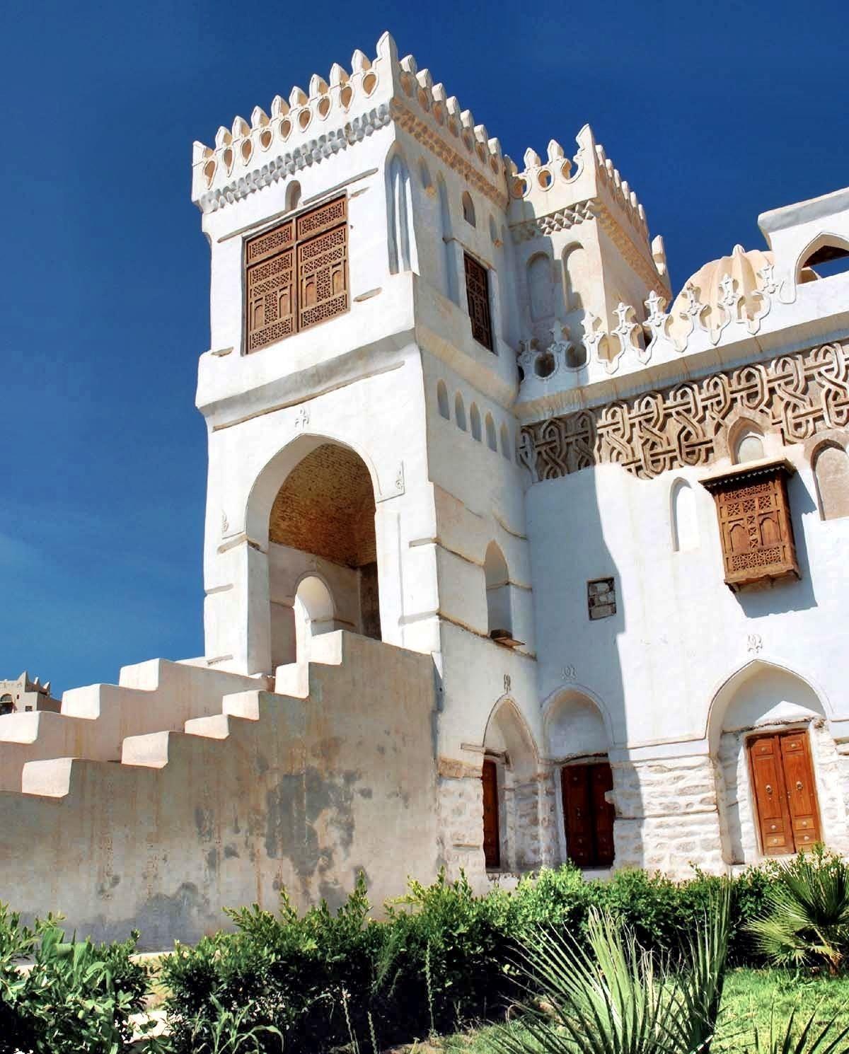 Yemen Art Architecture Amiriya Complex Rada A Yemen Built In 16th Century Interior Architecture Design Art And Architecture Yemen