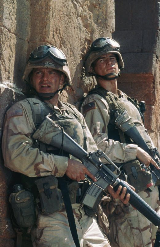 Pin By Hannah Bourne On My Favorite Movies Black Hawk Down Black Hawk Actors