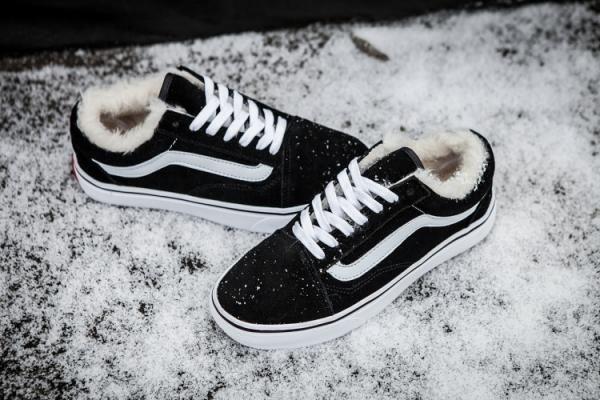 a756141538 Vans Plus Velvet Suede Old Skool Classic Black True-White Womens Shoes