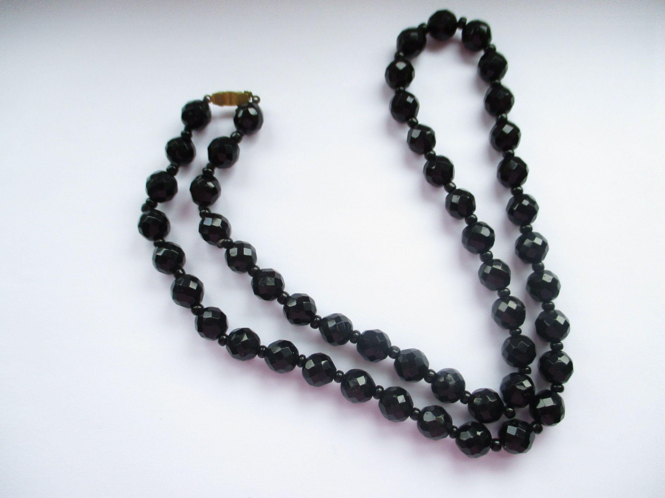 Jet Black Heart Shape Beads 10 mm Vintage