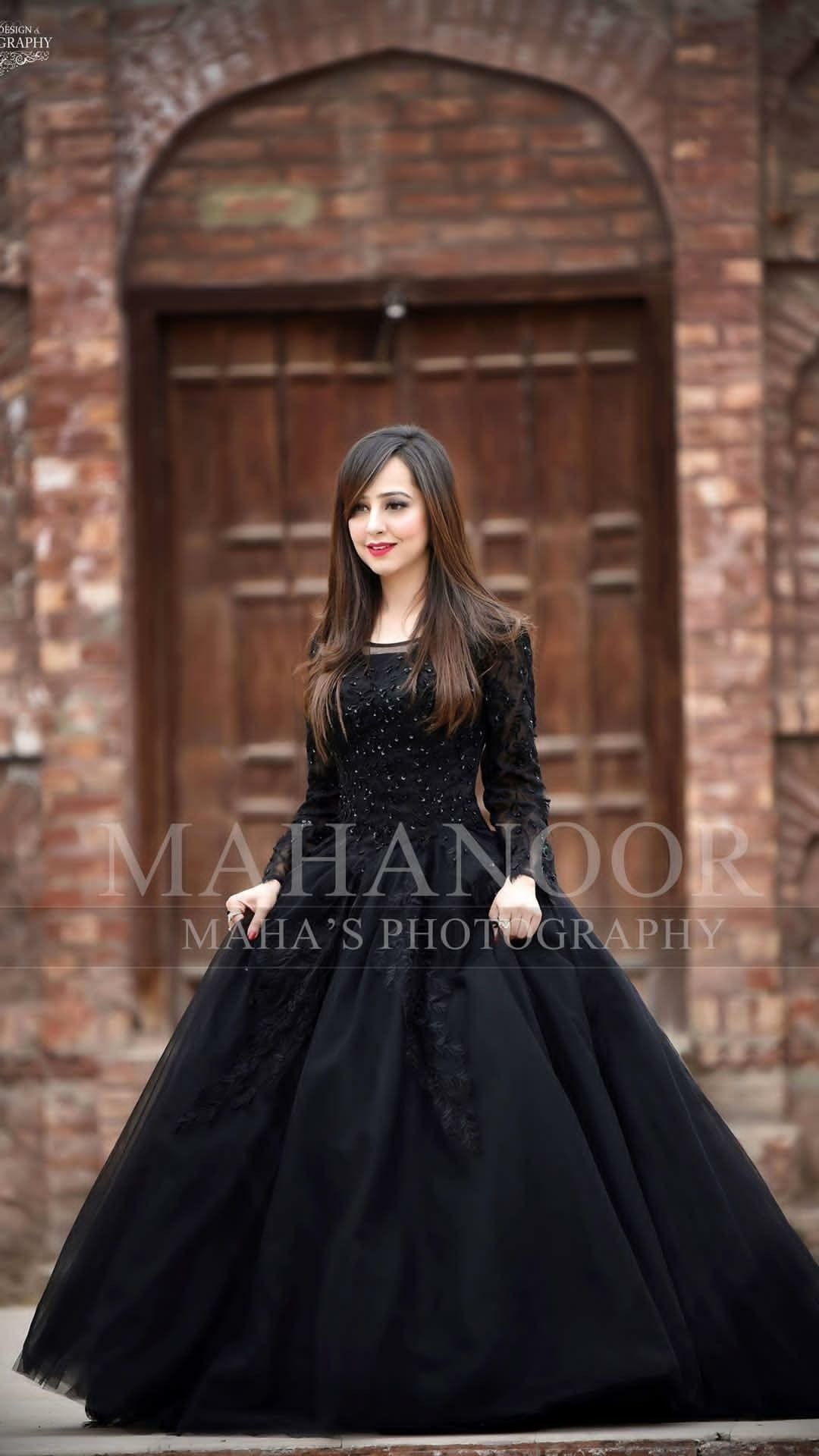 87e383ae9a3 Pin by sarah Nawaz on Outfits in 2019