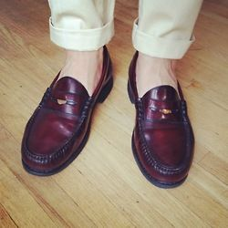 IMO the only acceptable loafer shape…not sure about the pennie