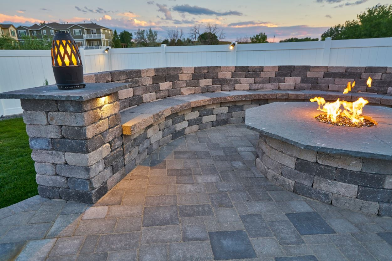 Spruce Up Your Backyard With A Rumblestone Fire Pit And Bench Firepit Roundfirepit Firepitideas Bench Wallbench Outdoor Living Backyard Inspo Backyard