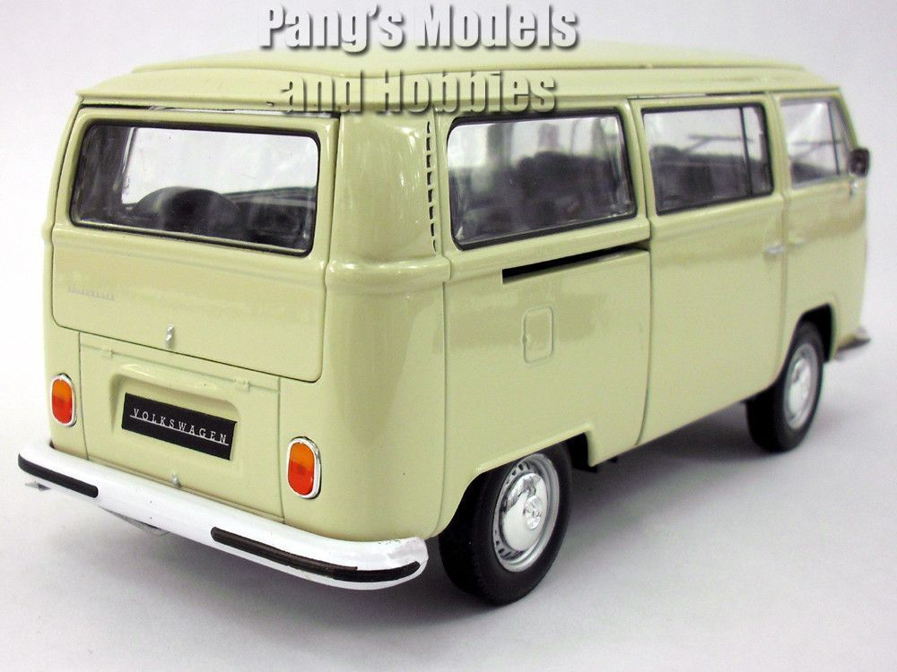 1972 Volkswagen Type 2 T2 Bus 1 24 Scale Diecast Collectible Model Car This T2 Bus Measures 6 75 Long 2 5 W Volkswagen Routan Volkswagen Type 2 Volkswagen