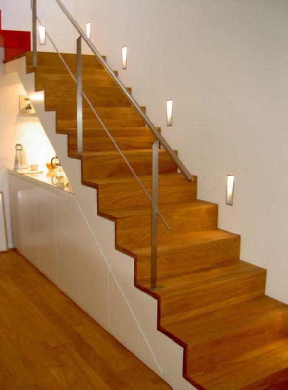 Geradläufige Treppe geradläufige treppe parkettstufen stahlgeländer dekoration für