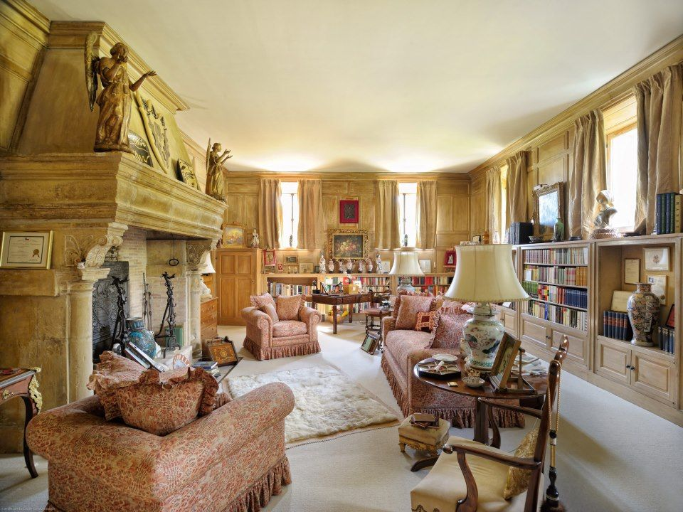 Stylish homes: Coco Chanel's houses in Paris and the south of France   Coco  chanel, Ritz hotel, Home