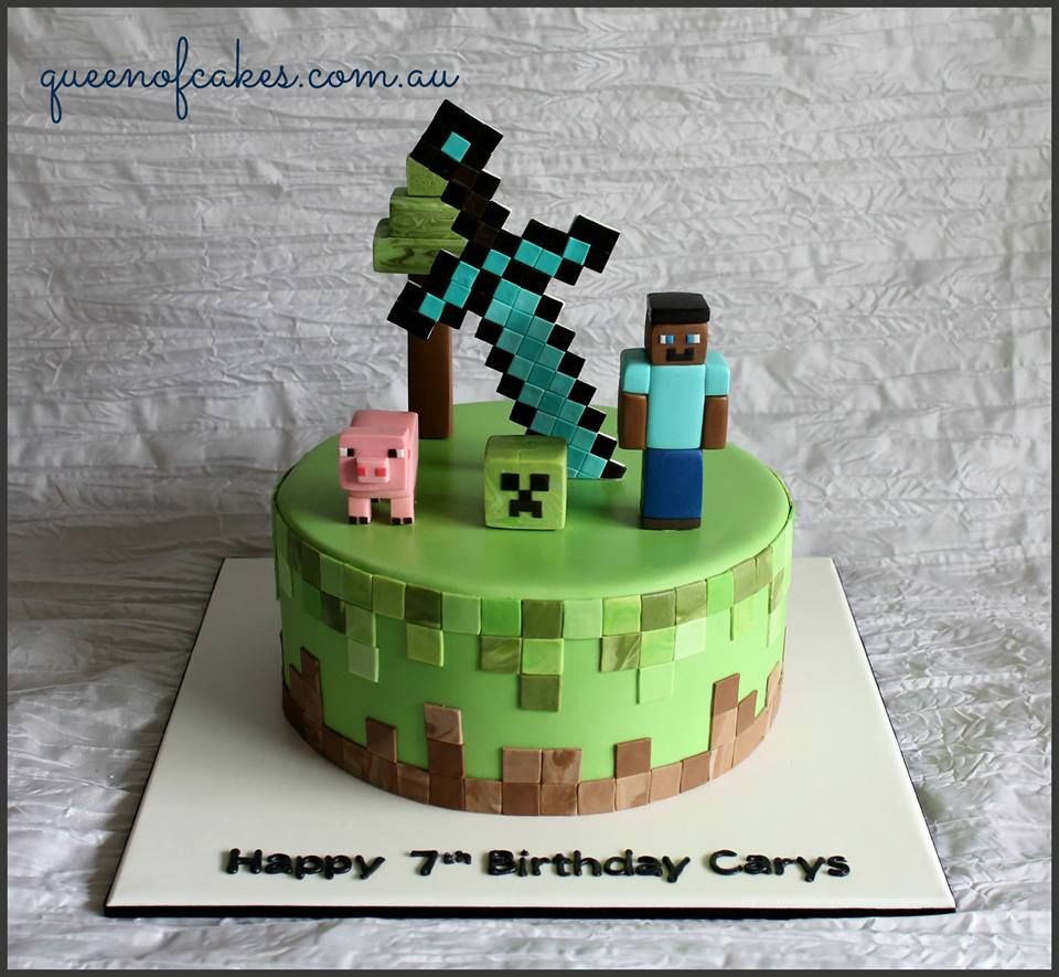 Awesome Minecraft birthday cake topped with steve creeper a pig