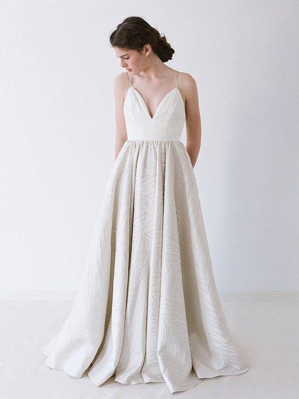 gown w/spaghetti strap