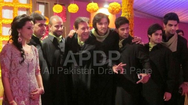 Javed Shaikh Son Shehzad Sheikh Wedding Pic 05 600x336 Celebrity Gossips