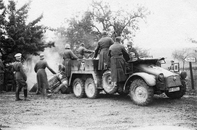 """Protz-Kraftwagen Kfz. 69 """"Krupp-Protze"""""""