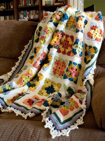 9 Cozy Crochet Afghan Patterns | Pinterest | Ganchillos afganos ...