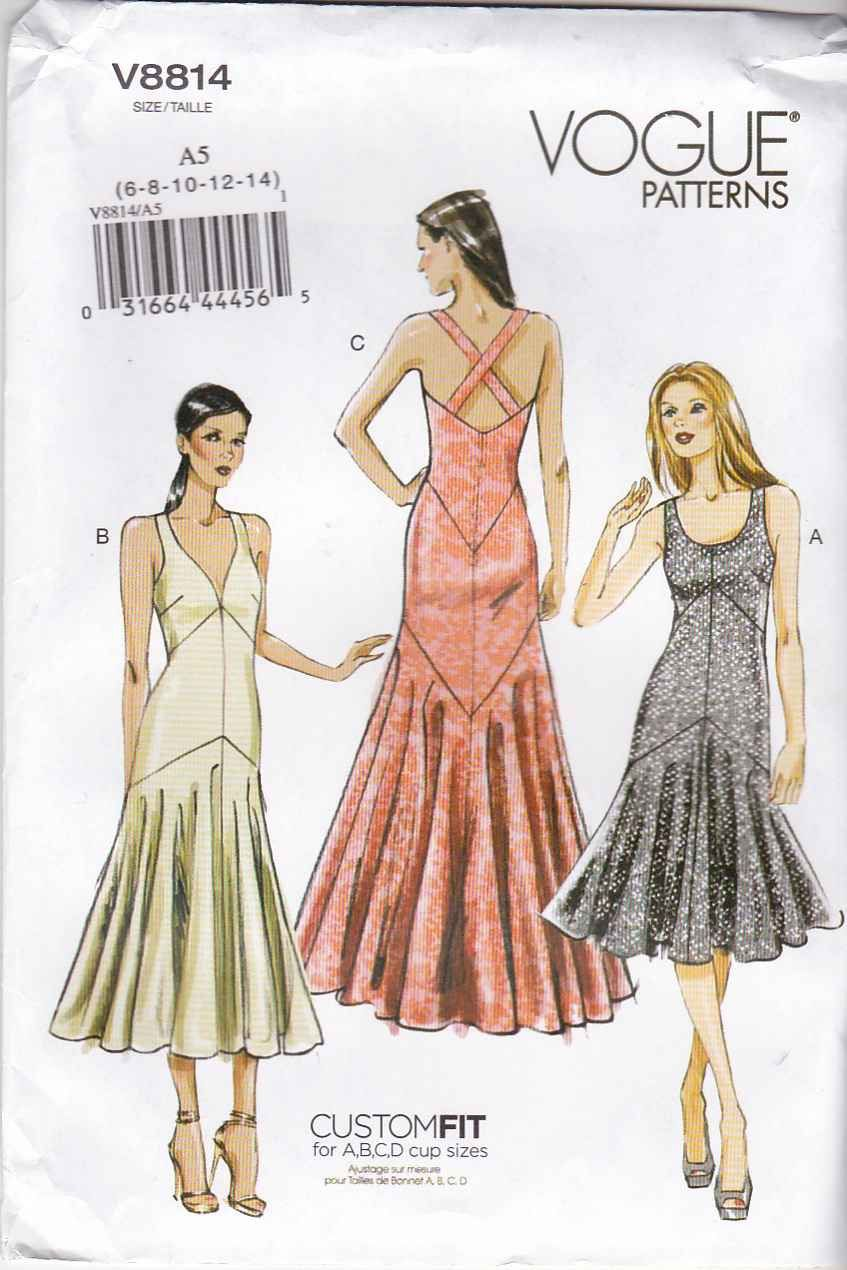 Sew in cups for wedding dress  Vogue Sewing Patternu  Wedding Gowns and Formal Occasions  Ideas