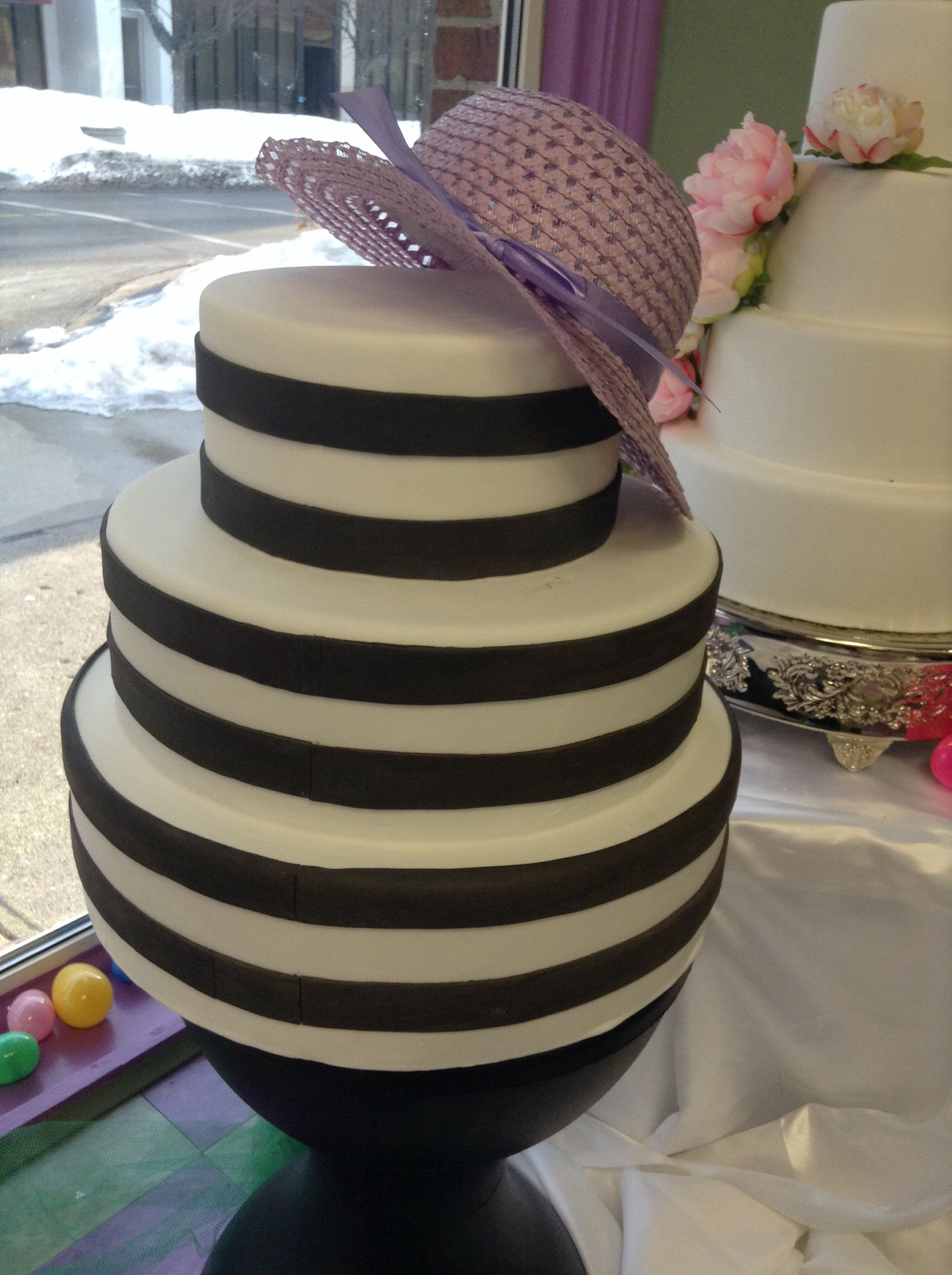 Simple striped cake