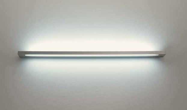 Luminaire applique lin aire fluorescent slim wall targetti sankey s p a - Ikea luminaires appliques ...