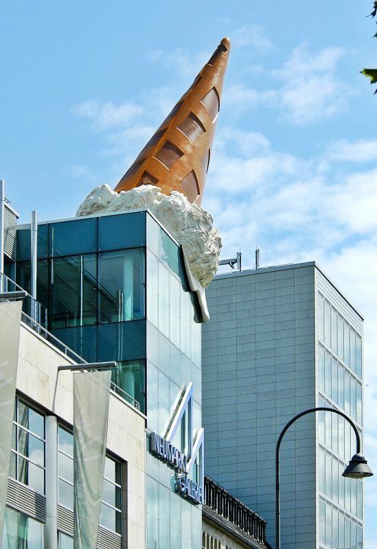 Dropped cone by claes oldenburg in neumarkt galerie for Design hotel oldenburg