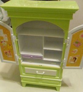 Dora The Explorer Bedroom Dresser Green Collectible Open Close Drs
