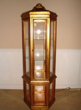 Vintage Curio Cabinet Gold Gilt Hexagonal Illuminating Display