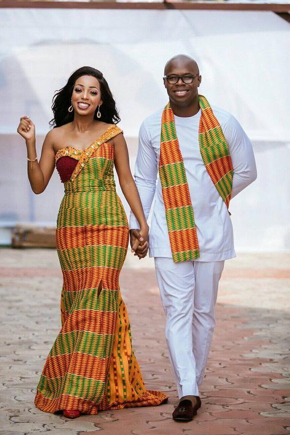 Articles similaires à Vêtements africain, Couples tenue, imprimé africain, Ankara robe, costume pour homme sur Etsy #afrikanischekleider