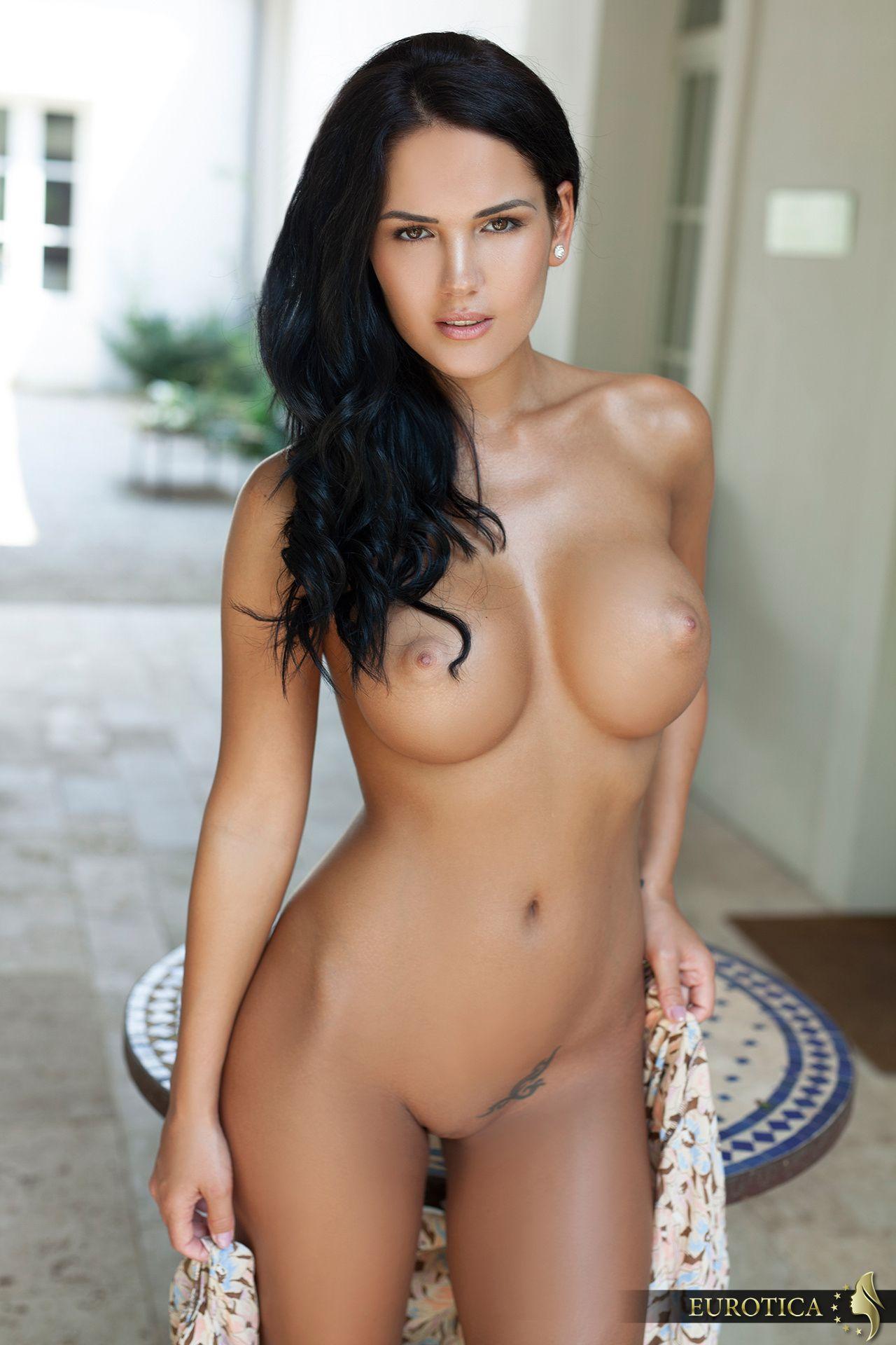 Cathy Erotica 25