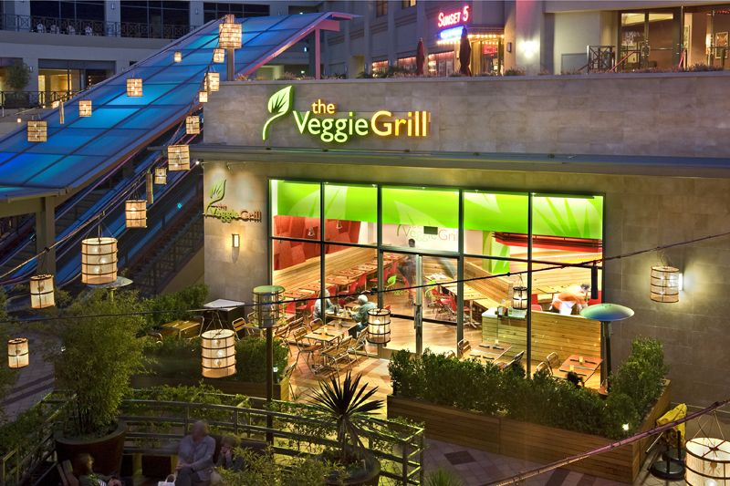 Veggie Grill Restaurant By Valerio Architects Fast Food Franchise Local Fast Food Grilled Veggies