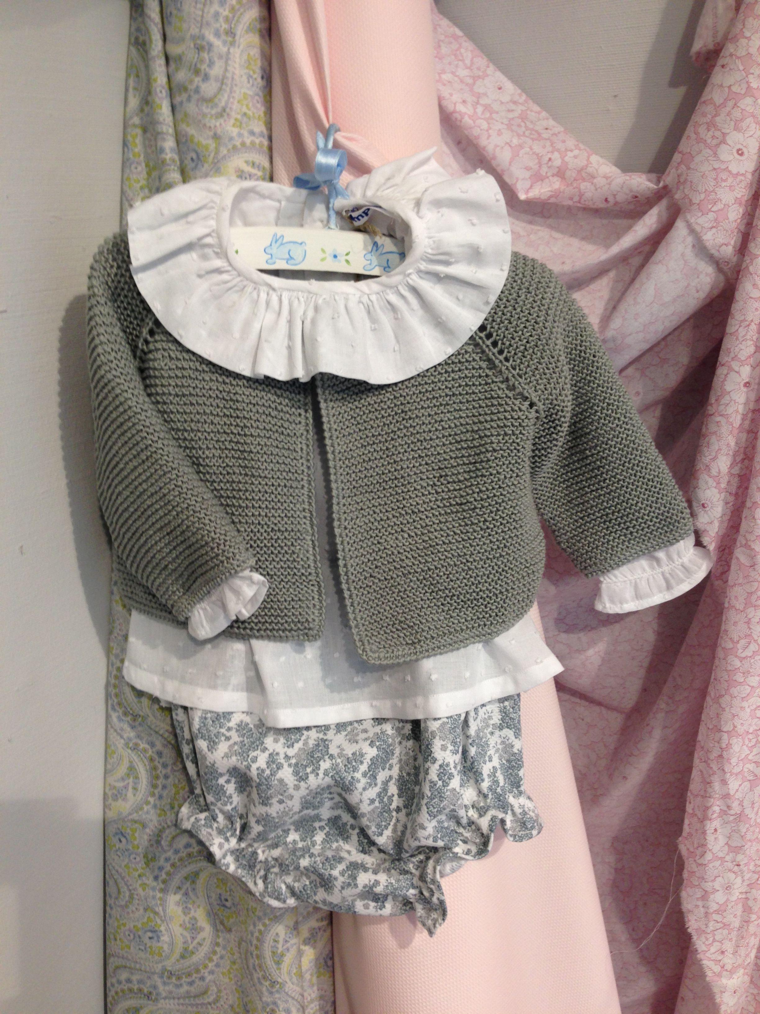 Conjunto Pompom ranita pique chaqueta lana