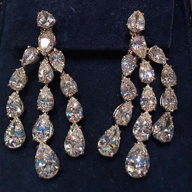 Diamond Chandelier Drop Earrings by Harry Winston   BEAUTIFUL ...