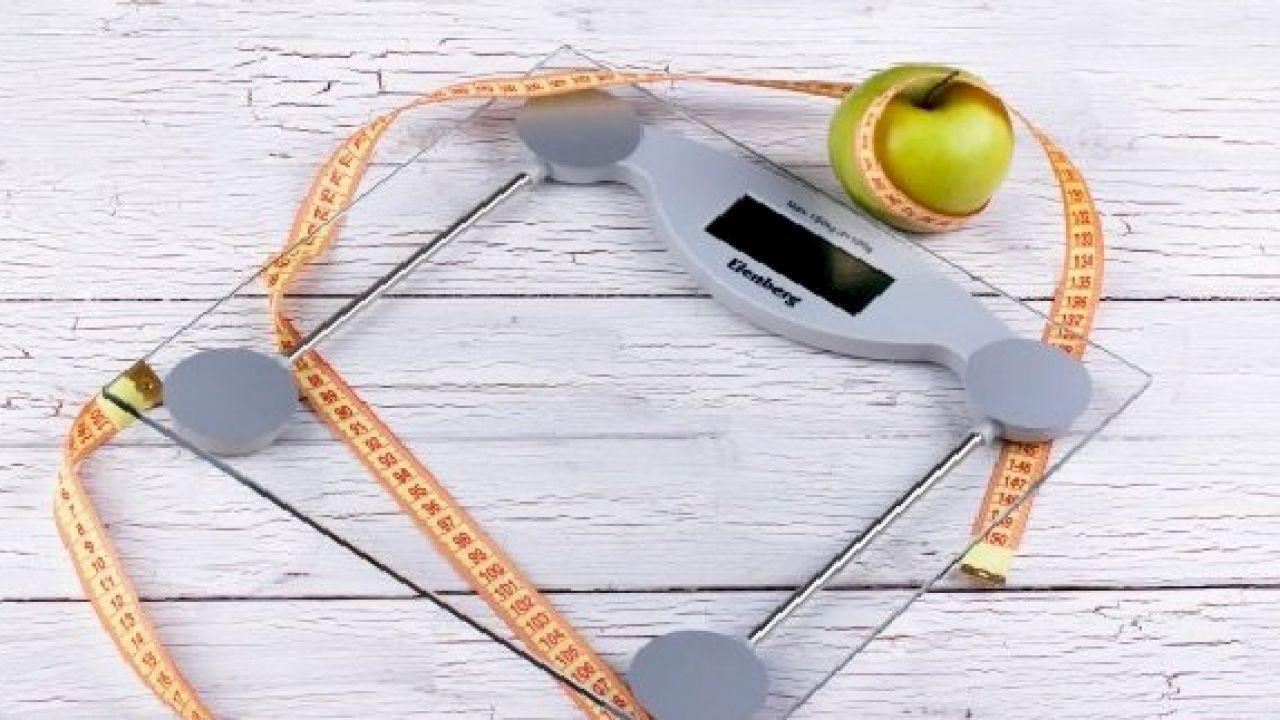 تخفيف الوزن في رمضان Ramadan Reduce Weight Pizza Cutter