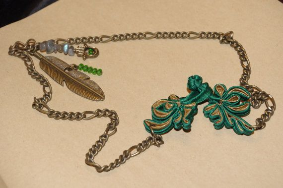 Vintaged Feather pendant