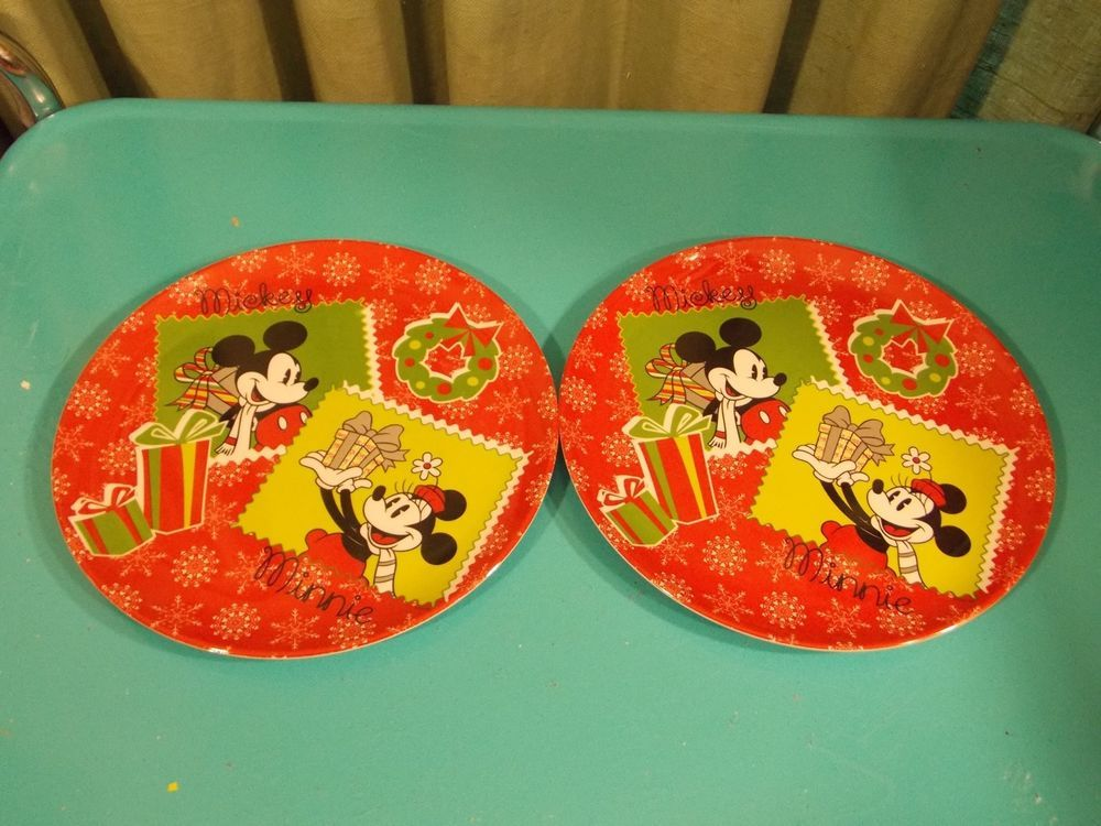 2 mickey and minnie plate zak designs christmas dishes set of two