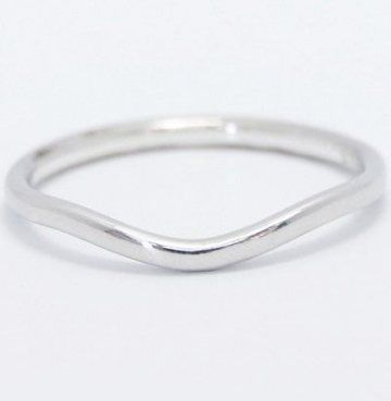 Straight Wedding Band With Curved Engagement Ring